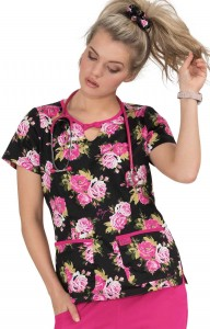 Bluza medyczna KOI Betsey Johnson Rose Beautiful Rose
